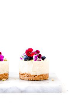No-bake Lemon Cheesecake - Kuchen İdeen Mini No Bake Cheesecake, Keto Cheesecake, Birthday Cheesecake, Caramel Cheesecake, Cheesecake Cupcakes, Cheesecake Brownies, Blueberry Cheesecake, Individual Cheesecakes, Mini Cheesecakes