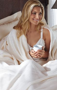 As cozy as your favorite sweater, our Egyptian Cotton Cable Knit blanket adds a layer of warm, lightweight luxury to your bed.