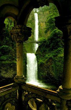 Double Waterfall Oregon | (10 Beautiful Photos)