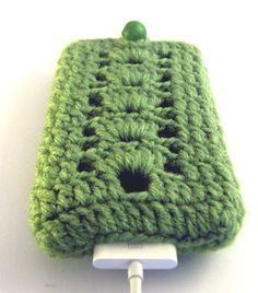 iPhone / iPod touch Crochetted  Cover Cozy Green