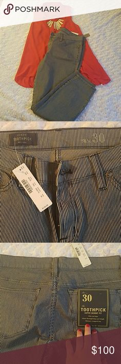 """NWT J. Crew skinny pant NWT J. Crew """"Toothpick super skinny fit"""" with open style front and back pockets. Crop pant falling at my ankle (I'm 5'5). 26"""" inseam. 98% cotton 2% spandex. Navy and grey stripe design. Inside tag falling off *pic #4* *shirt pictured sold separately or bundle and save* J. Crew Pants Ankle & Cropped"""