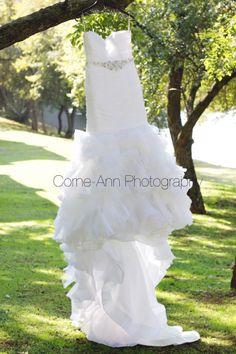 brides dress http://corneannphotography.wix.com/corneannphotography