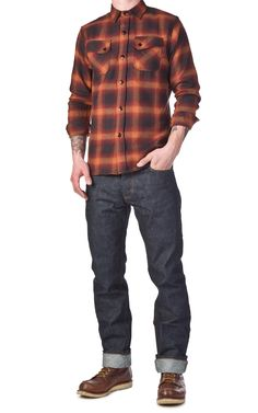 More plaid with some solid denim. Big Men Fashion, Mens Boots Fashion, Denim Fashion, Hipster Looks, Orange Ombre, Herren Outfit, Vintage Trends, Raw Denim, Business Casual Outfits