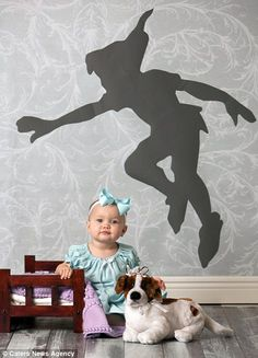 Wendi Riggens has captured a series of adorable 'Disney-themed' baby photos that features a girl called Miss Maddie. Peter Pan I really really want to do this! Style Disney, Disney Theme, Disney Love, Fairy Tale Theme, Fairy Tales, Newborn Pictures, Baby Pictures, Children Photography, Newborn Photography