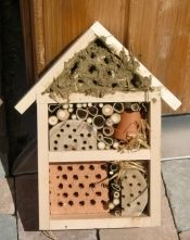 Wir bauen ein Insektenhotel - Ferienprogramm 2011
