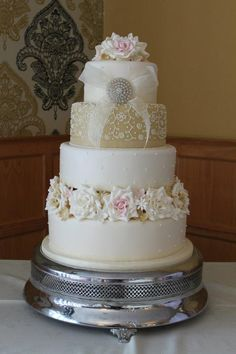 Dreamy vintage wedding cake.