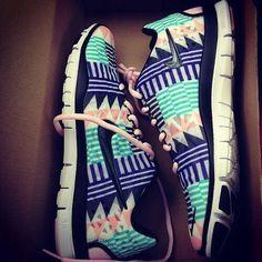 Tribal/Aztec pattern Nike free runs