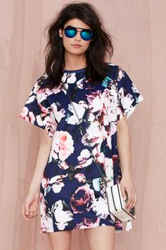 Finders Keepers Illuminati Floral Dress. Is it too early to break out the florals?