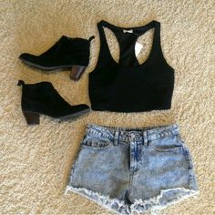 Cute outfit.. racer back top with jeans shorts and a bootie.
