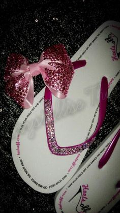 One lucky bride will get a beautiful pair of Heels Off wedding flip flops designed by Crystallise This if they buy a box of Heels Off wedding flip flops for guests at one of the wedding fayres we are attending this spring 2013 xx