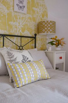 Real Rooms A Yellow Cow Parsley Attic Bedroom Nook Guest Decor