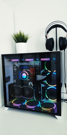 Gaming Desk Setup, Computer Gaming Room, Best Gaming Setup, Computer Setup, Gaming Pc Build, Gaming Pcs, Make Your Own Computer, Best Pc Setup, Modern Tv Room