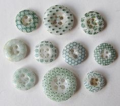 Assortment of 10 Green Calico Buttons
