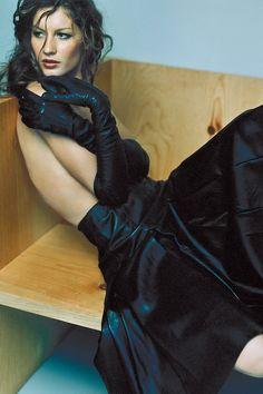 Gisele Bundchen by Kelly Klein for Vogue UK October 1998