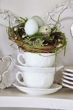 http://www.stonegableblog.com/how-to-feather-store-bought-nest/