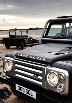 This is the new Defender for 2013... I will have one (or more)! #2013Defender