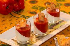 Panna cotta de chèvre et poivron rouge Panna Cotta, Christmas Time, Mousse, Entrees, Menu, Cheesecake, Cooking, Ethnic Recipes, Desserts