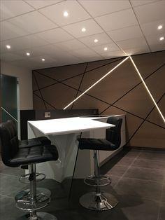 Office Wall Design, Office Walls, Interior Office, Office Interiors, Deconstructivism, Corporate Interiors, Work Stations, Swallow, Restaurant Design