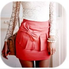 Oh how i want you lil bowed skirt . Way too short to make for meetings but maybe my mom could make a longer one? :)