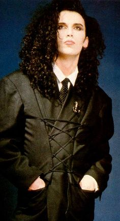 Pete Burns in his Hay-day. England losing interest in his band, Japan LOVING THEM!!!