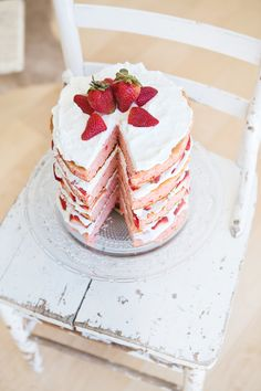 berry inspired wedding cake table