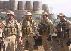 """Four man insertion group of Operation Red Wings. Murphy, Dietz, Axelson, and """"lone survivor"""" Luttrell. Military Humor, Military Men, Operation Red Wings, Marcus Luttrell, Lone Survivor, Us Navy Seals, Military Special Forces, Real Hero, Armed Forces"""