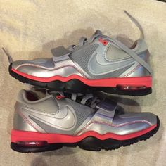 Nike max Air trainer one New nike max air trainer one shoes. NWOT Nike Shoes