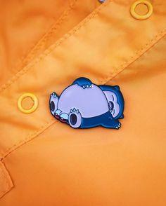 Pokeballs Snorlax enamel Pin