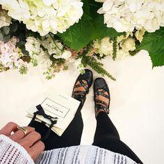 Dia lindo e perfumado com @jomalonelondon na nova loja do @patiohigienopolis {} Fica a dica para quem ama a marca {como eu} ou para quem ainda não conhece {está perdendo}... Parabéns equipe Jo Malone pela inauguração  #jomalonelondon #hellojml #perfume #flores #primaveranosertao #girisbioggers #chriscastro