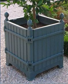 All about plants and planters: Versailles planters