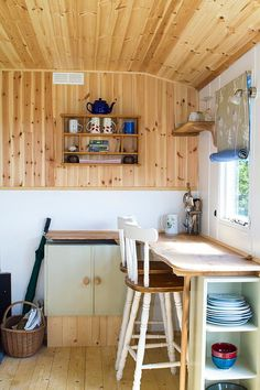 The Secret Shepherd's Hut, Ashurst Organic Farm, East Sussex. Handmade from recycled materials. Off grid. Low impact http://www.organicholidays.com/at/3383.htm