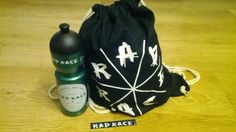 The Fixed Gear World: PRODUCT REVIEW: Drinking Bottle & Gymsac from Rad Race