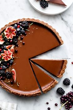 Chocolate Panna Cotta tart with quinoa flakes chocolate crust (vegan, gluten-free & refined sugar free) | nm_meiyee