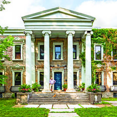 The Thomas January House | Southerners are known for being passionate about historic architecture, but it takes a different type of dedication to live in one.