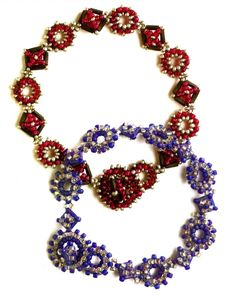 free pattern for a bracelet using bugle & seed beads