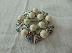 vintage sarah coventry brooch faux turquoise pearls silver