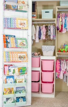 These storage ideas for a baby's closet make my organization loving heart so happy. | Click for full source list and to see the other clever closet door!