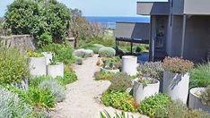 30+ Beautiful Backyard Garden Design and Landscape Ideas - KATYDIDANDKID