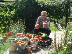 Igor Ljadov a jeho postupy pri hnojení záhrady - OZ Biosféra Permaculture, Watermelon, Fruit, Vegetables, Garden, Flowers, Outdoor, Fitness, Outdoors