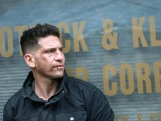 Jon Bernthal Photos - Jon Bernthal is seen on the set of the Marvel's 'The Punisher' in Douglaston. - Jon Bernthal Photos - 99 of 610
