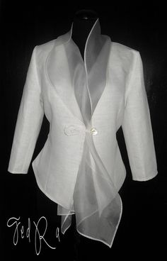 #Bluse #Blazer #weiß #Konzert #Leinen #Organza   White linen jacket with silk organza collar by FedRaDD on Etsy, $120.00