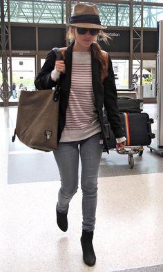 Rachel Bilson Catching A Flight At LAX