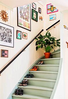 Ideas basement stairs diy staircase remodel stairways for 2019 New Staircase, Staircase Remodel, Modern Staircase, Staircase Design, Staircase Ideas, Staircase Painting, Decorating Staircase, Craftsman Staircase, Staircase Decoration