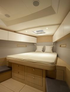 Solaris 44 - owner cabin