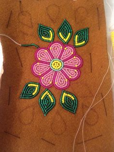 mittens by vera mittens mittens and Native Beading Patterns, Beadwork Designs, Bead Embroidery Patterns, Loom Patterns, Beaded Embroidery, Indian Beadwork, Native Beadwork, Native American Beadwork, Beaded Crafts