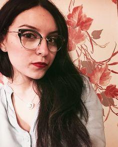 O óculos perfeito para quem tem estilo! Sofisticado e ousado na medida certa! A linda @ludovicanacci__ aprova e ama! ❤️ #oticaswanny #ludovicanacci #miumiu #miumiuscenique #sceniqueevolution #oculosmiumiu