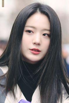 Jang Gyu Ri   © ᴏʀᴀɴɢᴇ ʀᴏᴀᴅ Kpop Girl Groups, Kpop Girls, Gyu, Yeosu, K Idols, Pop Group, Korean Singer, My Girl, Actresses