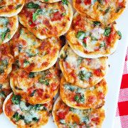 The Comfort of Cooking » Make Your Own Mini Pizzas + Homemade Pizza Dough
