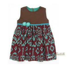 Adorable hand-stamped hand-dyed girl dress from Sweet Batik  #sweetbatik #dress #kids_clothes #batik