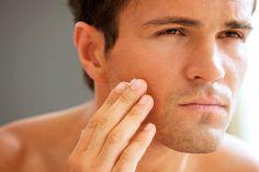 """Aunque muchos gestos de belleza os puedan resultar extraños, o """"solo para mujeres"""", la limpieza facial masculina es esencial y hoy te lo enseño todo!!"""